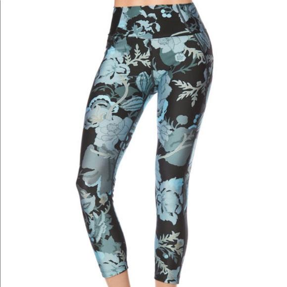 9312c52dcacbf0 Maaji Pants | Nwt Swimwear Active Leggings | Poshmark